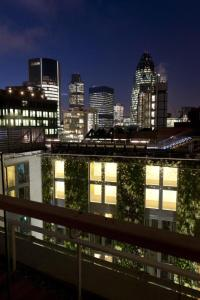 DoubleTree by Hilton Hotel London - Tower of London - 2 of 27