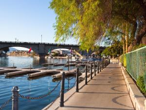 London Bridge Resort - Lake Havasu City, AZ 86403 - Photo Album