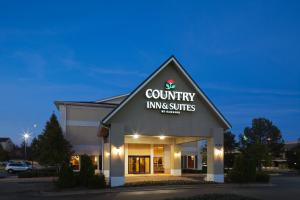 Photo of Country Inn & Suites   Montgomery East