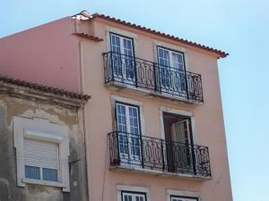 Alfama River Apartments