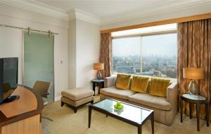 Grosvenor Suite with Lounge Access