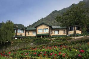 Photo of Shervani Hilltop Resort