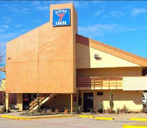Super 7 Inn Dallas