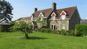 The Barn B&B in Margam, Neath Port Talbot, Wales