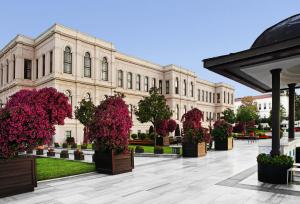 Four Seasons Hotel Istanbul at the Bosphorous - 5 of 29
