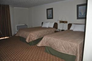Days Inn Harrodsburg - Harrodsburg, KY 40330 - Photo Album