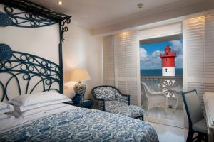 Luxury Room with Sea View