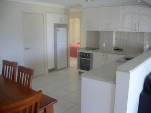 L'Amor Holiday Apartments, Apartmánové hotely  Yeppoon - big - 27