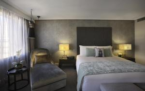 Suite Junior Club Sofitel con cama extragrande