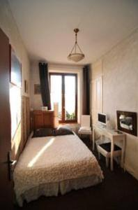 Home Sweet Home, Bed & Breakfasts  Lyon - big - 2