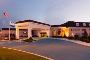 Photo of Double Tree Resort By Hilton Lancaster