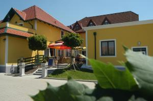 Photo of Hotel Restaurant Schachenwald