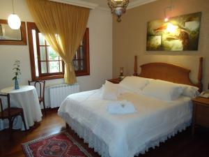 Super Deluxe Double Room (2 Adults)