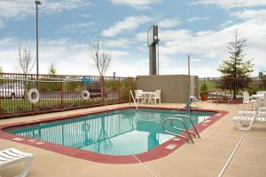 Best Western Plus Twin View Inn & Suites - Redding, CA 96003 - Photo Album