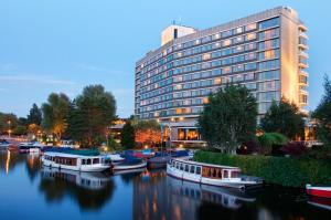 Photo of Hilton Amsterdam