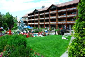 Photo of Lakeside Lodge And Suites