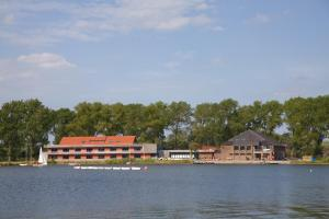 Photo of Sporthostel Aan De Plas