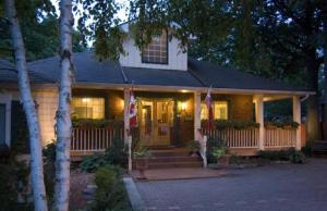 Little Lake Inn B&B