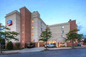 Fairfield Inn By Marriott Nyc La Guardia Airport/Flushing