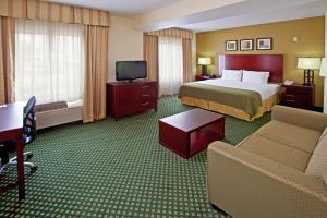 Holiday Inn Express Hotel & Suites Indianapolis - East, Hotels  Indianapolis - big - 15