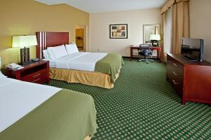 Holiday Inn Express Hotel & Suites Indianapolis - East, Hotels  Indianapolis - big - 11