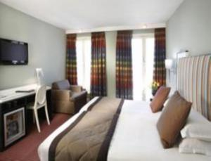 Two Adjacent Deluxe Rooms