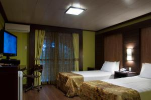 Luxury Room with Two Double Beds