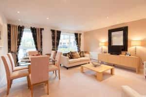Photo of Edinburgh City Escapes By Reserve Apartments