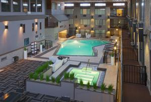 Photo of Sandman Hotel & Suites Kelowna