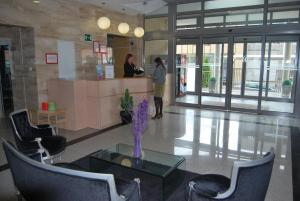 Photo of Aparthotel Encasa