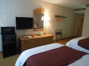 Double Room with Two Double Beds - Non-Smoking Preference