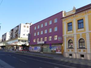 Photo of Hotel Zvezda