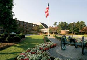 Photo of Fort Magruder Hotel And Conference Center