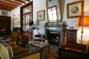 Photo of Hotel Rural Sa Posada D'aumallia