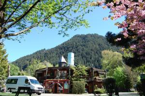 Queenstown Top 10 Holiday Park Creeksyde