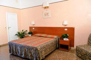 Hotel Miramare, Hotely  Ladispoli - big - 8