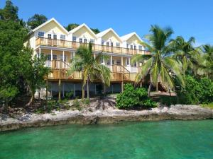 Photo of Bluff House Beach Resort & Marina