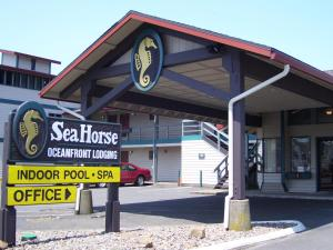 Sea Horse Oceanfront Lodging