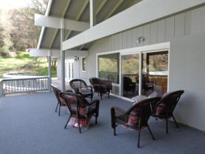 Photo of Mountain Trail Lodge Vacation Rental