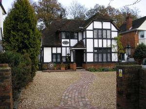 Tudorwood Guest House in Farnborough, Hampshire, England