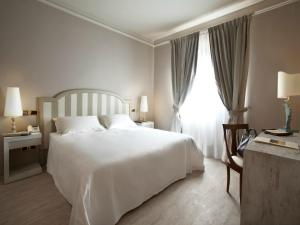 Grand Hotel Baia Verde room photos