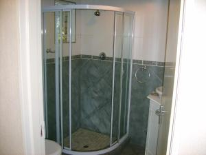 Standard Suite with Shower