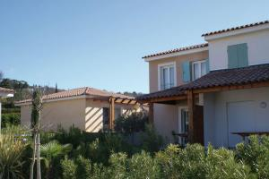 Holiday home Les Bastides Des Chaumettes III Montauroux