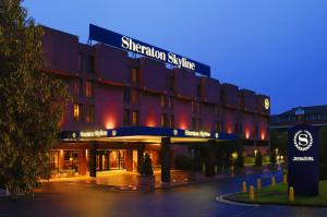 Photo of Sheraton Skyline Hotel London Heathrow