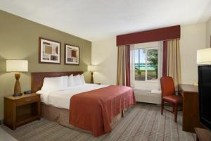 Baymont Inn And Suites Haubstadt