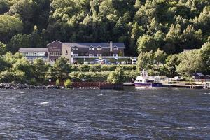 Photo of Loch Ness Clansman Hotel