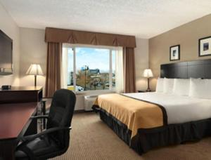Baymont Inn and Suites, Hotely  Reno - big - 5