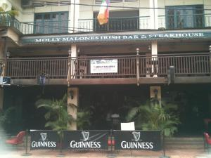 Molly Malone's Irish Bar, Steakhouse & Guesthouse