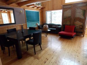 Executive Chalet - Pet Friendly