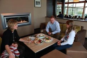 Distinction Te Anau Hotel & Villas - 5 of 49